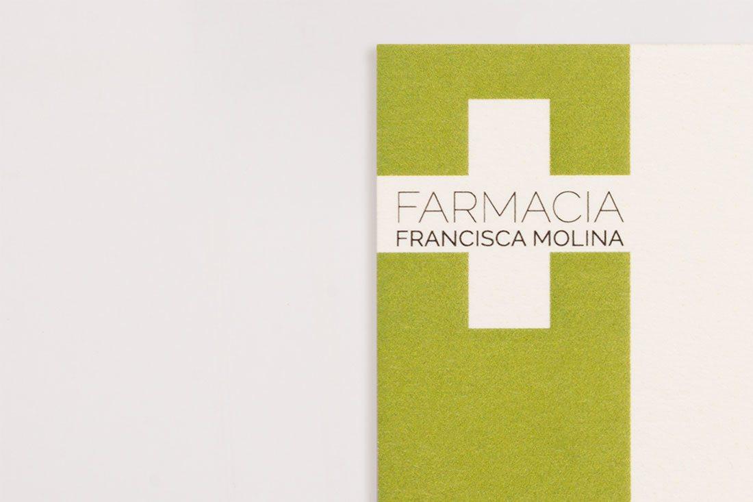 farmacia molina. logotipo