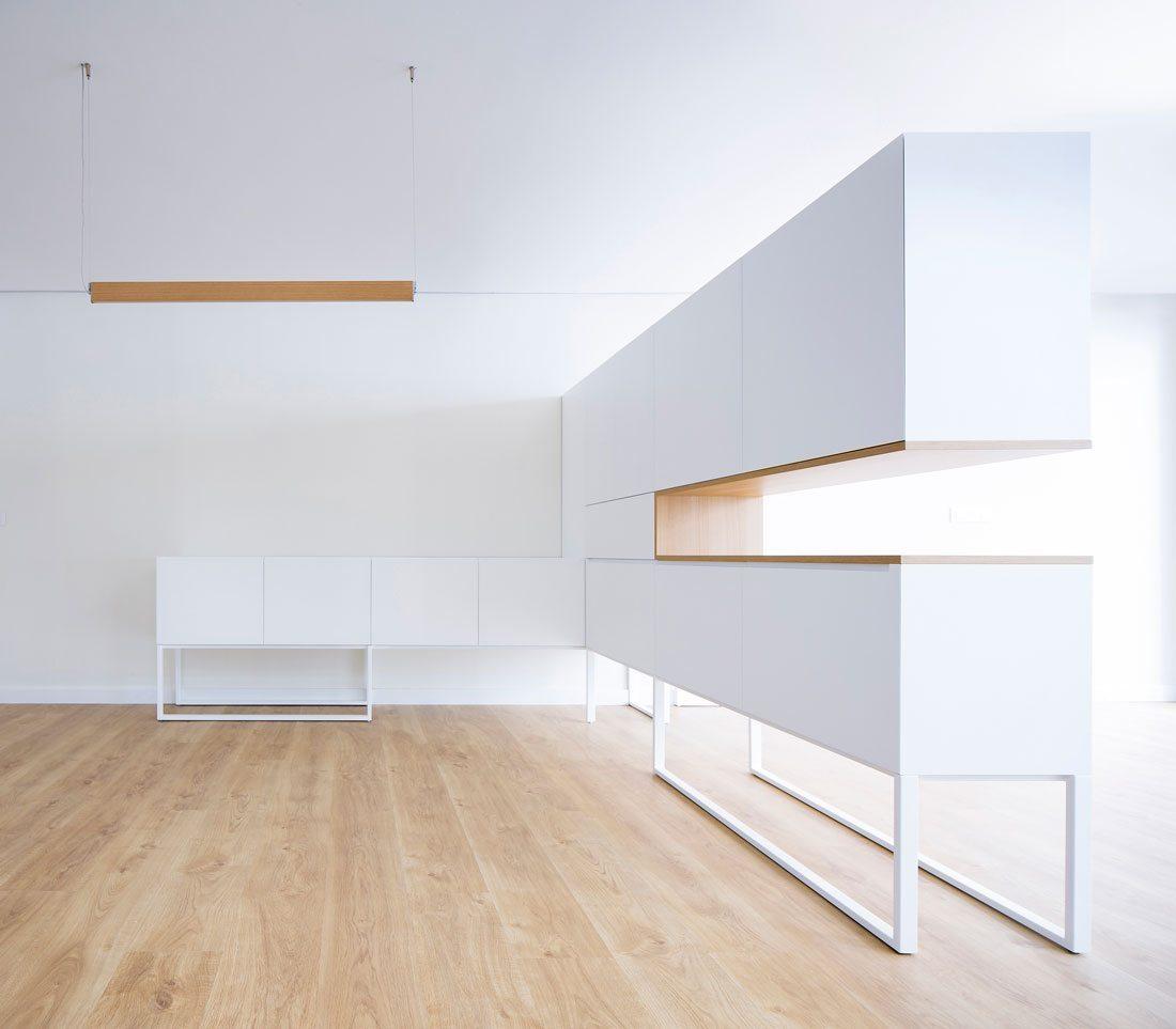 Interiorismo-valencia-reforma-adencia_de_viajes. mueble-carpintero