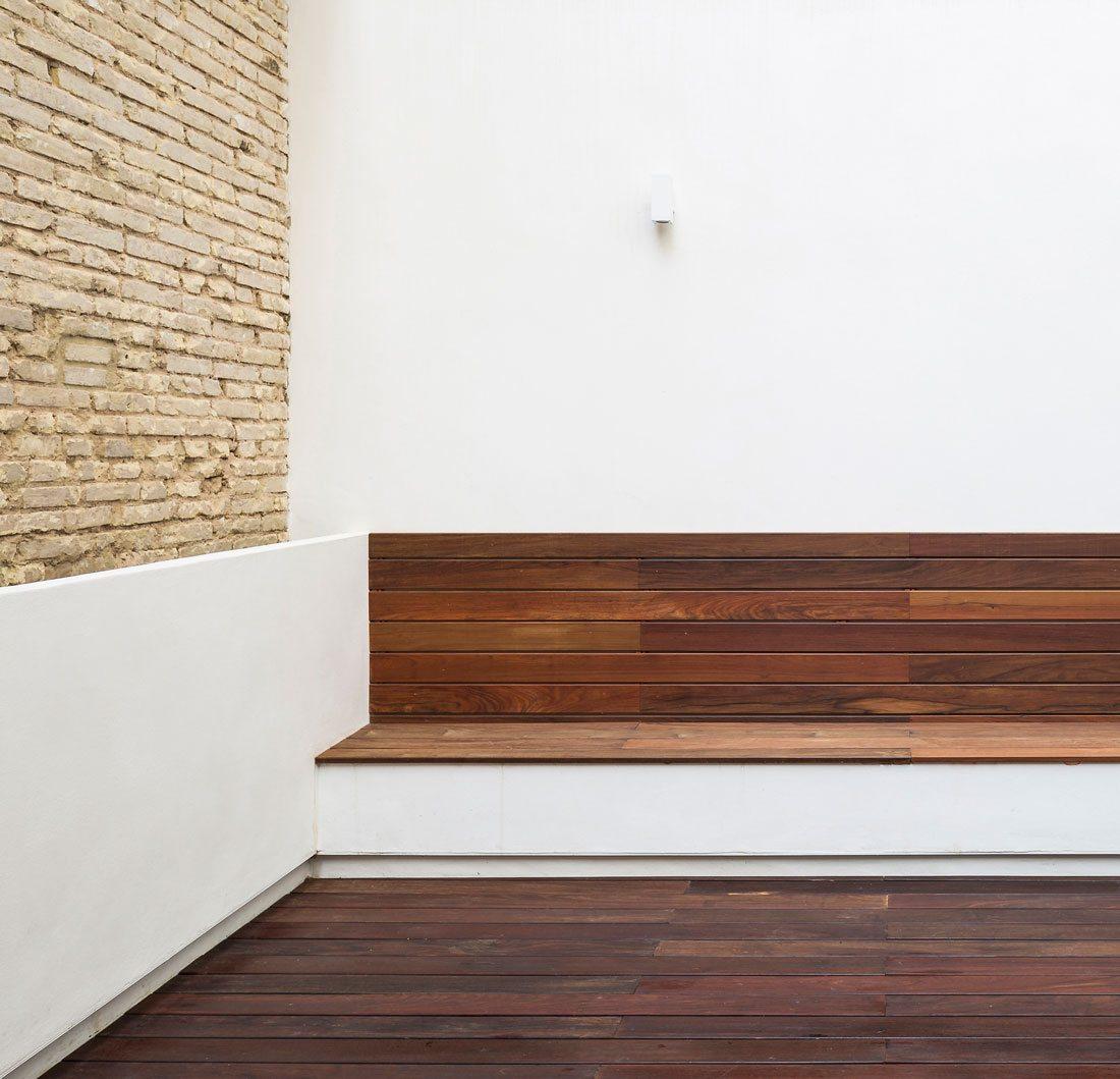 Interiorismo-valencia-reforma-adencia_de_viajes. patio-exterior.