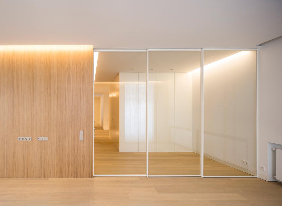 mayordomo architecture homu spanish architects minimalist sliding door