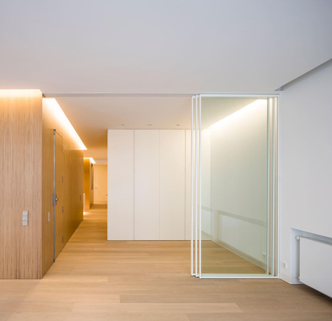 mayordomo architecture homu spanish architects sliding door