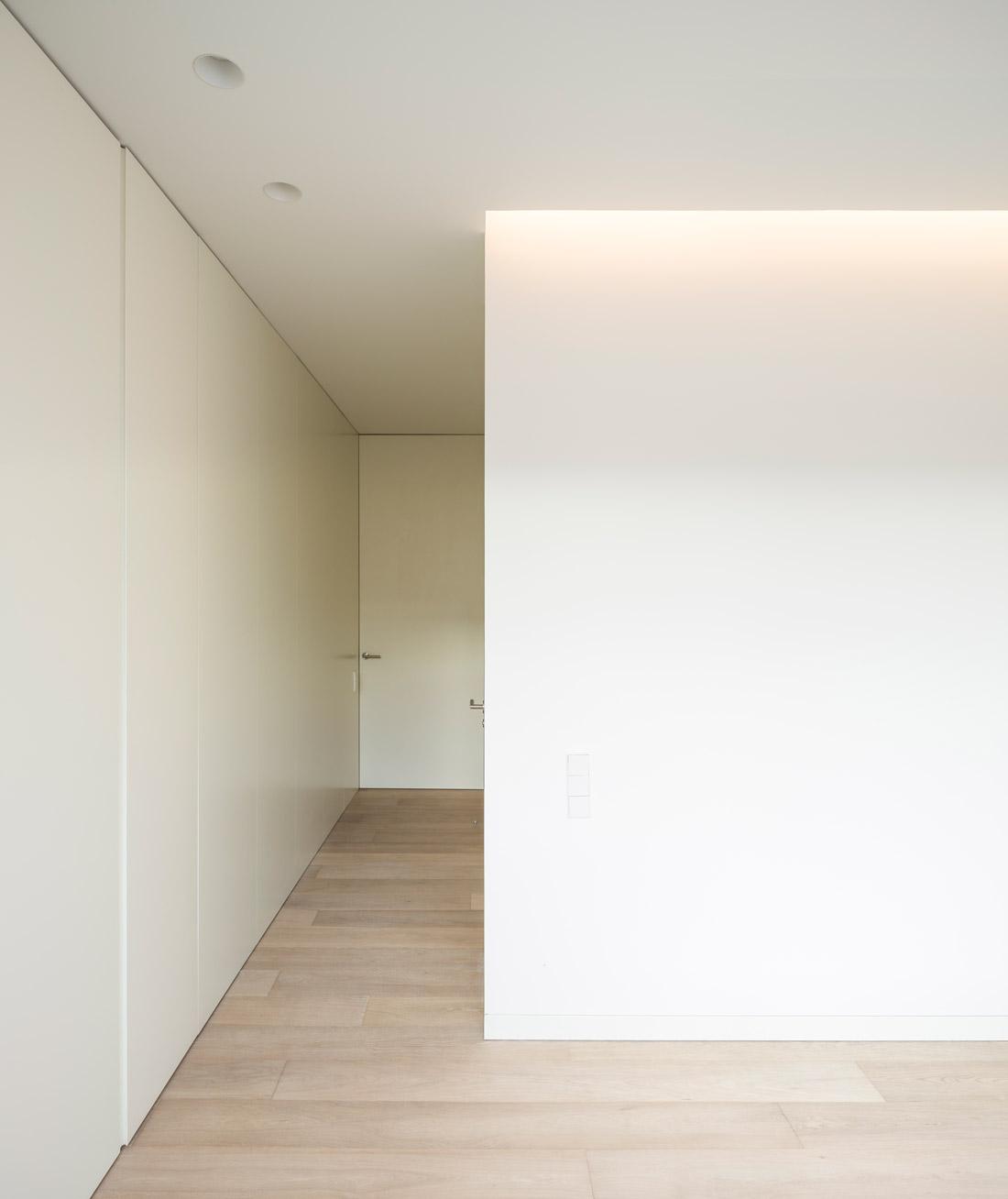 mayordomo architecture homu spanish architects invisible baseboard